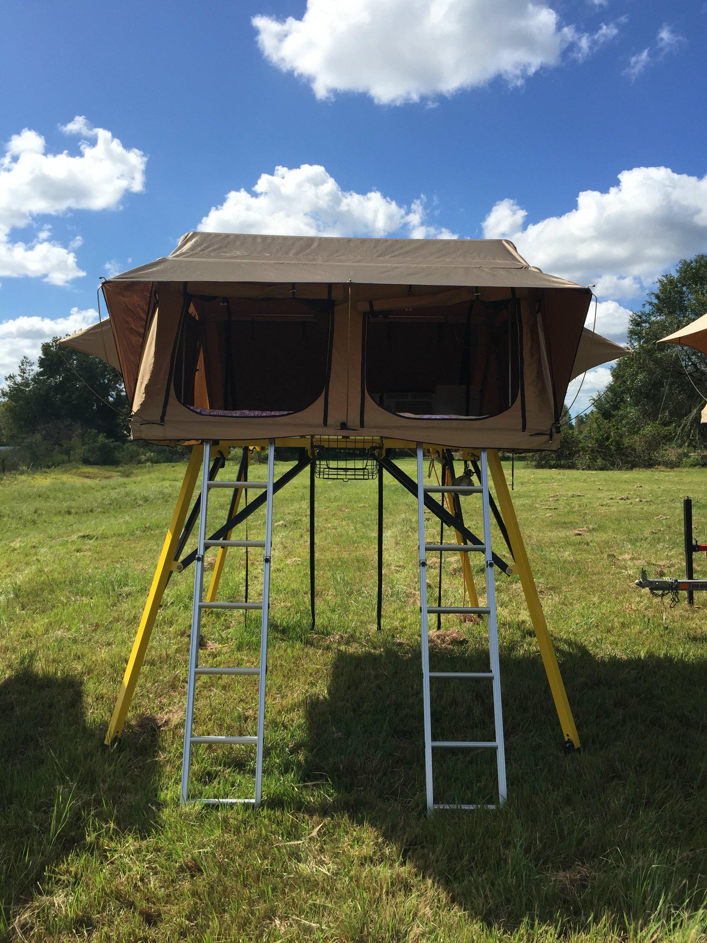 treehouse-pod-2